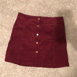 Dresses & Skirts - Size medium maroon button up skirt.
